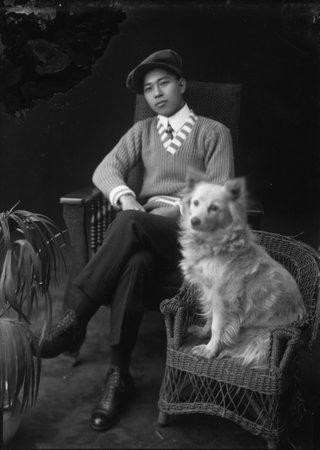 """Hayashi Studio, """"Kiyoshi Shirimoto and his dog,"""" no date"""
