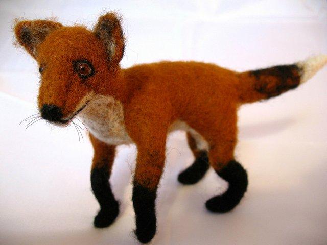 """Heike Fink, """"Fox,"""" fibre"""