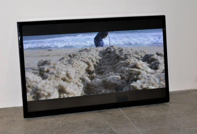 """Felipe Arturo, """"A line in the sand,"""" 2017"""