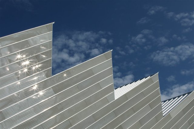 The saw-toothed roof of the Polygon Gallery in North Vancouver (photo ©Ema Peter Photography).