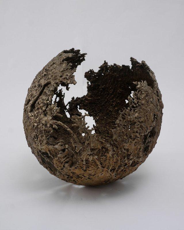 """Marie Khouri, """"Sphere,"""" 2017"""