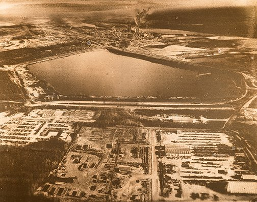 """Warren Cariou, """"Tailings Pond and Bitumen Plant,"""" nd"""