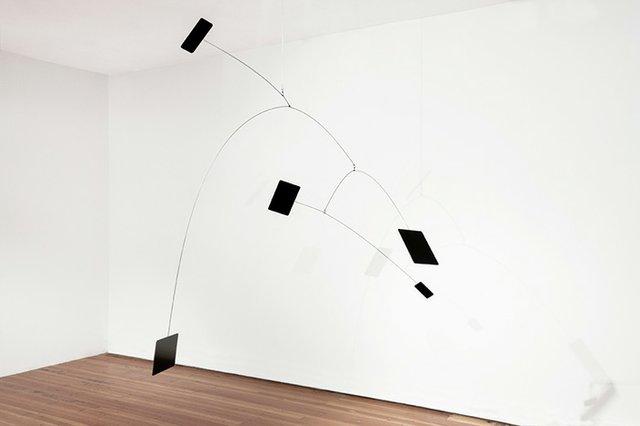 """Antonia Hirsch, """"mobilemobile I,"""" 2016"""