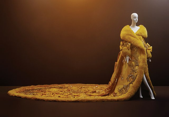 "Guo Pei, ""One Thousand and Two Nights,"" 2010"