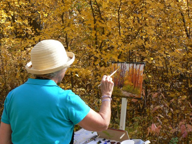 Sheila Adams painting en plein air