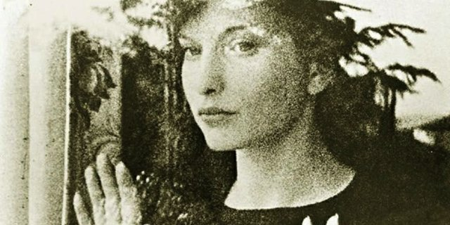 "Maya Deren, ""Meshes of the Afternoon,"" 1943."