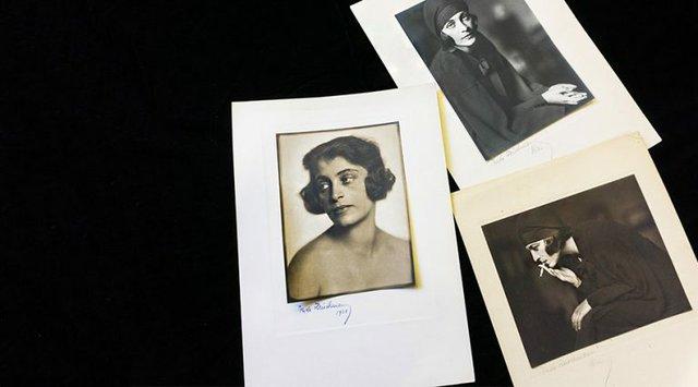 Hanne Wassermann Walker as photographed by Trude Fleischmann.
