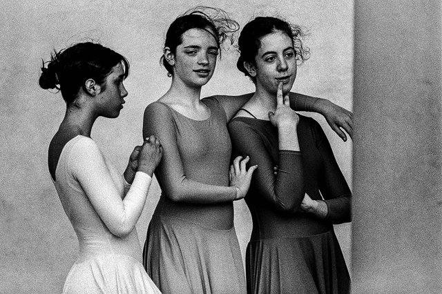 "James O'Mara, ""Three Dancers 'Florence'"", 2005"