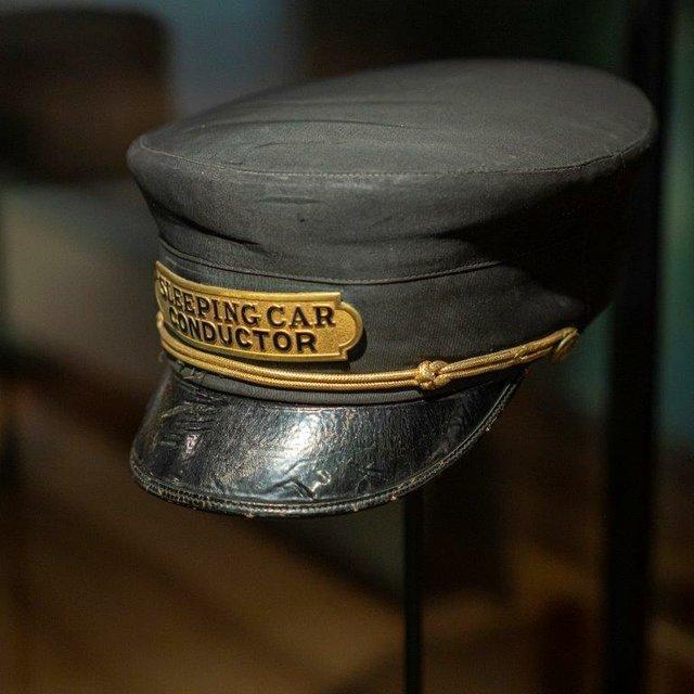CMHR Porters cap.jpg