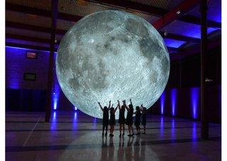 "Luke Jerram, ""Museum of the Moon,"" Cork Midsummer Festival, UK, 2017 (courtesy Contemporary Calgary)"