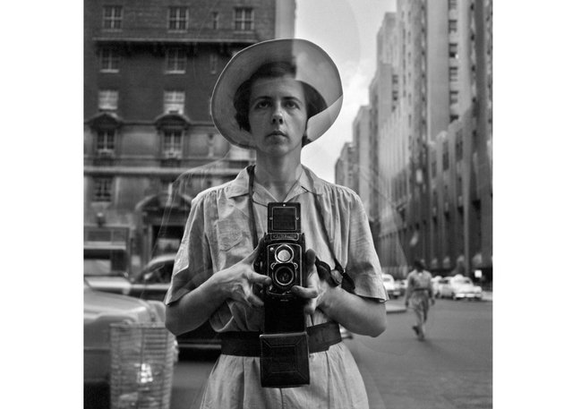 "Vivian Maier, ""Self-Portrait, New York,"" 1954 (© Estate of Vivian Maier, courtesy of Maloof Collection and Howard Greenberg Gallery, New York)"