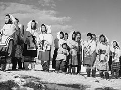 """""""Inuit of theHigh Arctic"""""""