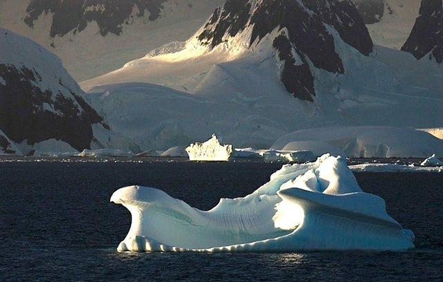 "David Clow, ""Majestic Morning Bergs, Antarctica Archipelago,"" 2006"