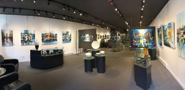 The Avenue Gallery Interior_4.jpg