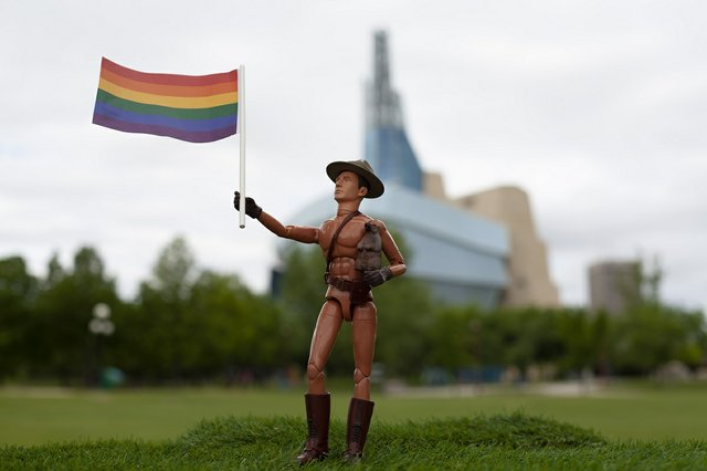 """Diana Thorneycroft, """"Love All Around (Canadian Museum for Human Rights),"""" 2020"""