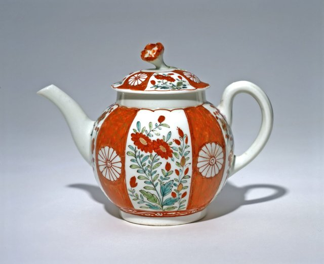 Worcester (English, 18th century). Teapot, c. 1765–1770.