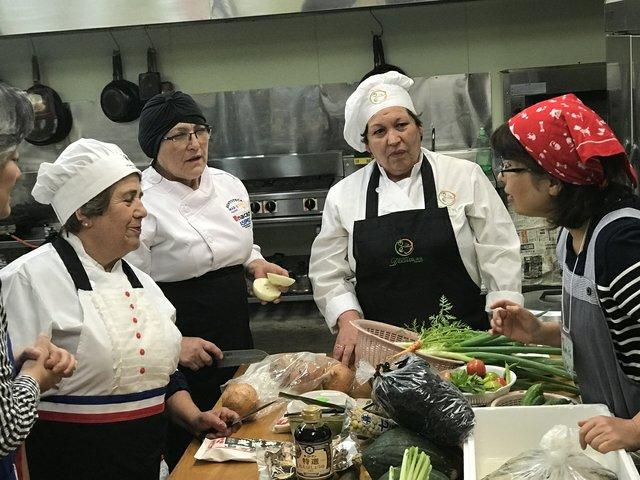 """Women from Chile meet women in Minamisanriku, Miyagi Prefecture. """"Tsunami Ladies,""""2019. (photo by Women's Eye)"""