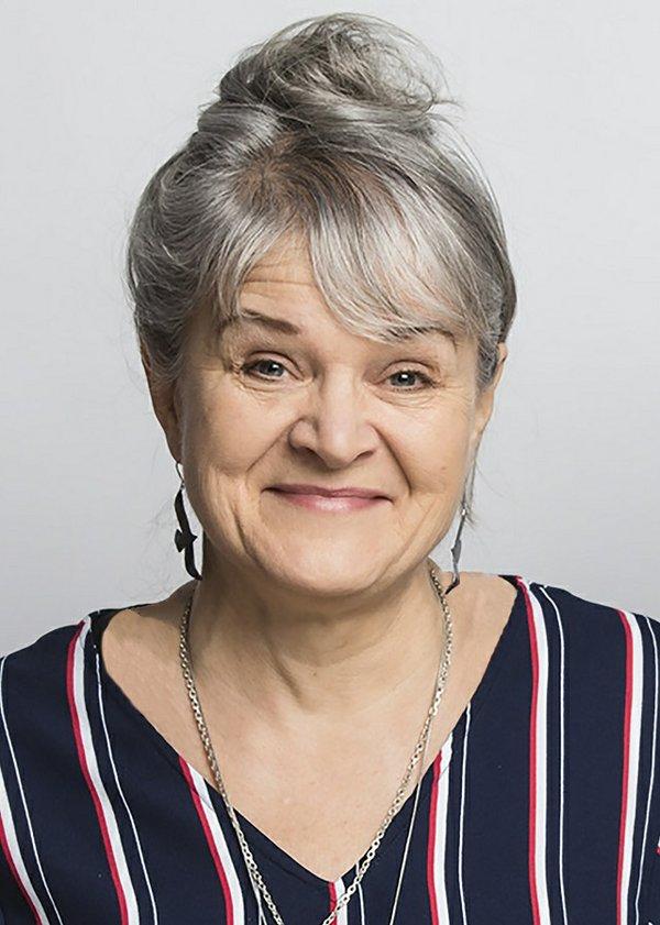 Cheryl L. Hirondelle (photo by Nahannie McKay - Banff Centre)