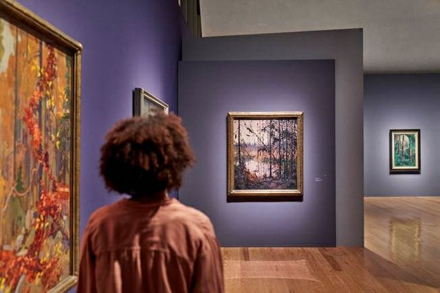 """Insatallation of """"Magnetic North: Imagining Canada in Painting 1910–1940"""" at the Schirn Kunsthalle, Frankfurt"""