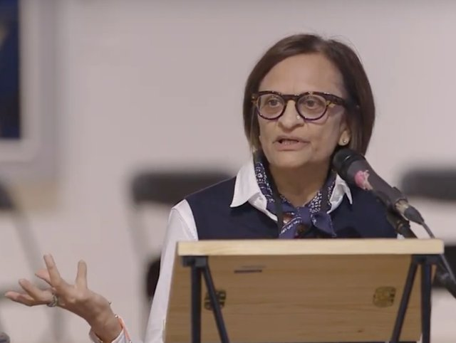 Zainub Verjee speaks at the 2018 IDEAS Digital Forum, a two-day international symposium at the Robert McLaughlin Gallery in Oshawa, Ont. (Courtesy the Robert McLaughlin Gallery)