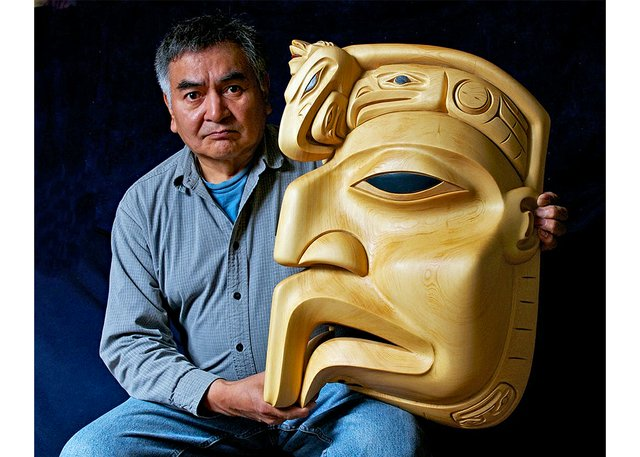 """Dempsey Bob, """"Eagle Sculpture,"""" (collection of the Audian Museum, Whistler; photo by Graeme Joseph)"""