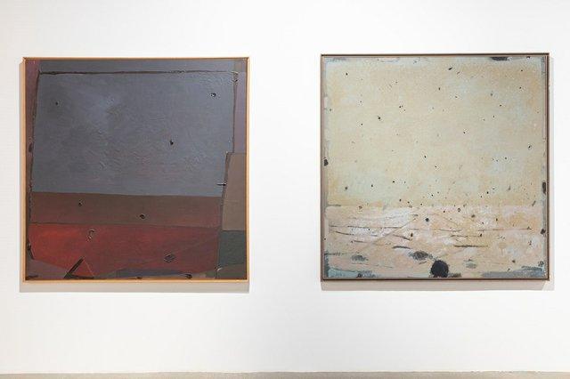 """Otto Rogers, """"Slate Grey and Red Rose,"""" 1980 (left) and """"Expanding Sky,"""" 1974 (courtesy of Contemporary Calgary; photo by Gerard Yunker)"""