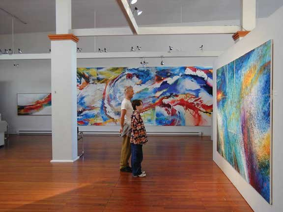 """Norman Yates exhibition at Fran Willis Gallery"""