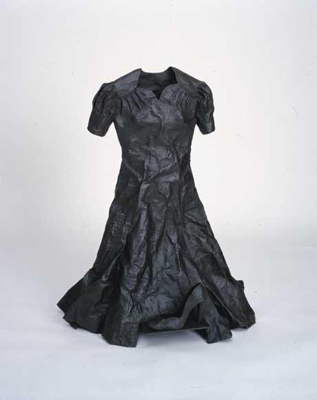 """Gathie Falk, """"Agnes (grey patina),"""" 2000/01"""