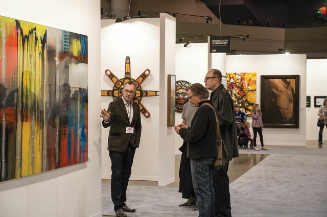 """""""Shaun Mayberry of Mayberry Fine Art speaks with collectors"""""""