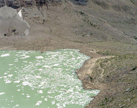 """Growlers (Cavell Pond, Jasper National Park)"""