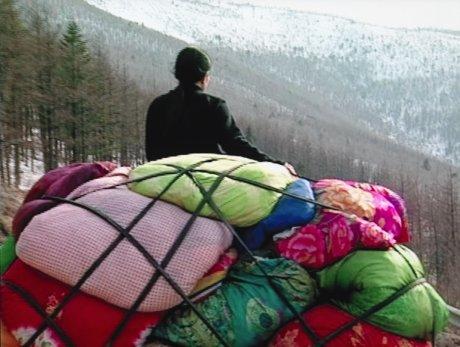 """Cities on the Move – 2727 Kilometer Bottari Truck"" film still"