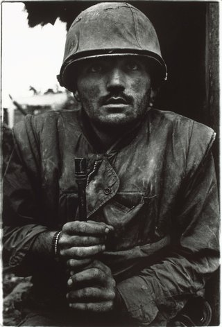 """Shell-shocked US Marine awaits evacuation, Tet Offensive"""