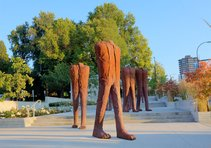 """Magdalena Abakanowicz """"Walking Figures"""""""