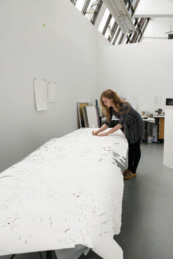 Taryn Kneteman in studio