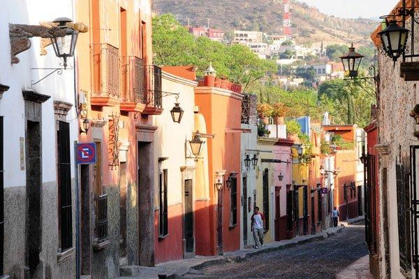"""A picturesque street in San Miguel de Allende, Mexico"""
