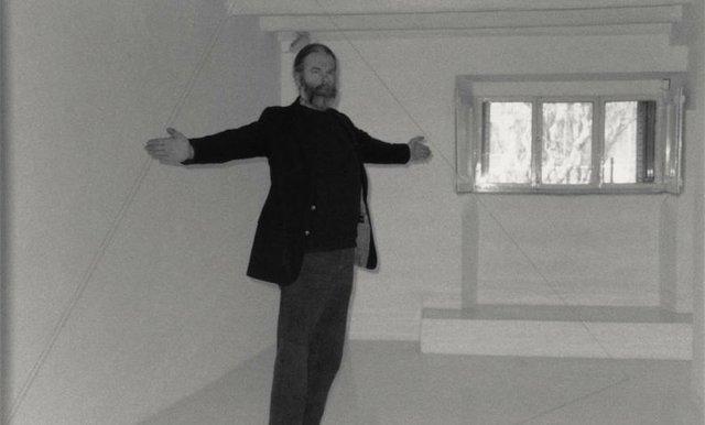 """Fred Sandback, """"Galleria Primo Piano, Rome,"""" 1990"""