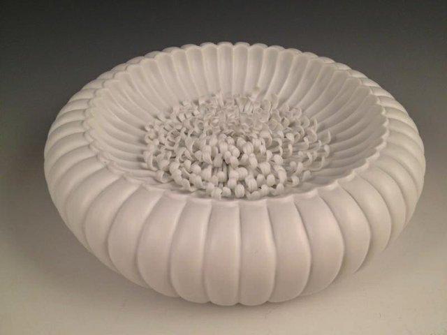 """Ying-Yueh Chuang, """"Chrysanthemum on Chrysanthemum bowl,"""" nd"""
